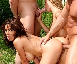 Sienna West and Trina Michaels foursome